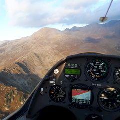 Flugwegposition um 16:04:19: Aufgenommen in der Nähe von Gemeinde Ellbögen, Österreich in 2317 Meter