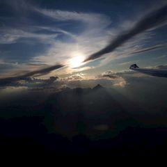 Flugwegposition um 16:13:45: Aufgenommen in der Nähe von Gemeinde Navis, Navis, Österreich in 2903 Meter