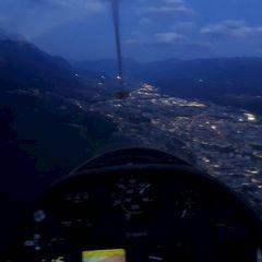 Flugwegposition um 17:16:29: Aufgenommen in der Nähe von Innsbruck, Österreich in 1332 Meter