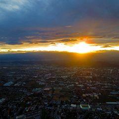 Flugwegposition um 15:46:46: Aufgenommen in der Nähe von Gemeinde Feldkirchen bei Graz, Feldkirchen bei Graz, Österreich in 319 Meter