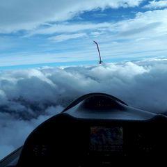 Flugwegposition um 13:20:08: Aufgenommen in der Nähe von Gemeinde Tux, Österreich in 3930 Meter