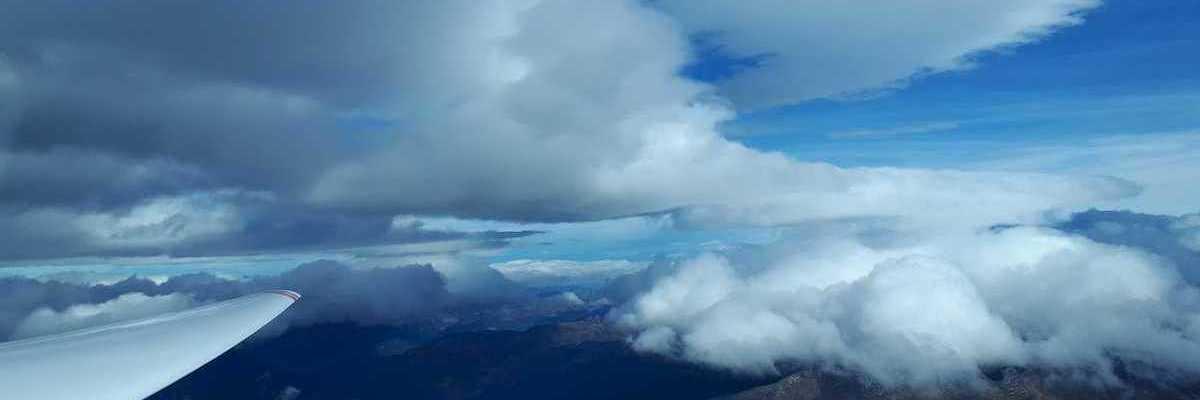 Flugwegposition um 13:07:16: Aufgenommen in der Nähe von Gemeinde Volders, Österreich in 3445 Meter
