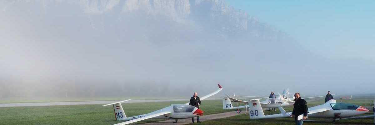 Flugwegposition um 07:02:53: Aufgenommen in der Nähe von Gemeinde Micheldorf in Oberösterreich, Österreich in 572 Meter