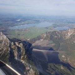 Flugwegposition um 11:20:04: Aufgenommen in der Nähe von Gemeinde Scharnitz, 6108, Österreich in 1833 Meter