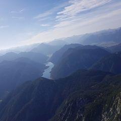 Flugwegposition um 11:14:41: Aufgenommen in der Nähe von Gemeinde Reith bei Seefeld, Österreich in 2040 Meter