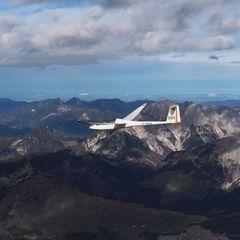 Flugwegposition um 11:22:43: Aufgenommen in der Nähe von Gemeinde Ramsau am Dachstein, 8972, Österreich in 4222 Meter