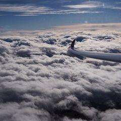 Flugwegposition um 12:51:32: Aufgenommen in der Nähe von Gemeinde Grundlsee, 8993, Österreich in 5205 Meter