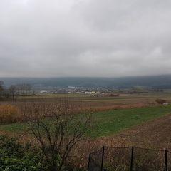 Verortung via Georeferenzierung der Kamera: Aufgenommen in der Nähe von Gemeinde Winzendorf-Muthmannsdorf, Österreich in 0 Meter