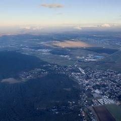 Verortung via Georeferenzierung der Kamera: Aufgenommen in der Nähe von Gemeinde Bad Fischau-Brunn, Österreich in 300 Meter