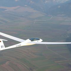 Flugwegposition um 14:23:24: Aufgenommen in der Nähe von Gemeinde Hohe Wand, Österreich in 1340 Meter