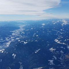 Verortung via Georeferenzierung der Kamera: Aufgenommen in der Nähe von Gemeinde Payerbach, Österreich in 4100 Meter