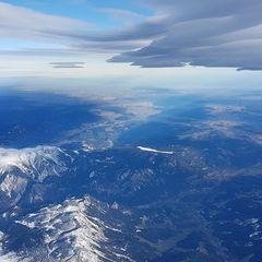 Verortung via Georeferenzierung der Kamera: Aufgenommen in der Nähe von Kapellen, Österreich in 5600 Meter