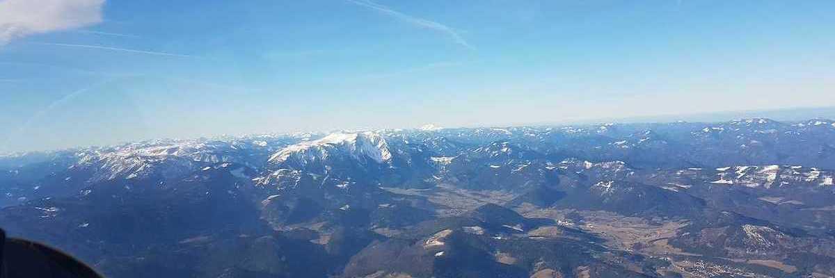 Flugwegposition um 10:34:51: Aufgenommen in der Nähe von Gemeinde Würflach, 2732, Österreich in 2300 Meter