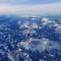 Verortung via Georeferenzierung der Kamera: Aufgenommen in der Nähe von Gemeinde Vordernberg, 8794, Österreich in 5600 Meter