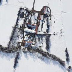 Verortung via Georeferenzierung der Kamera: Aufgenommen in der Nähe von Gemeinde Hohe Wand, Österreich in 1000 Meter