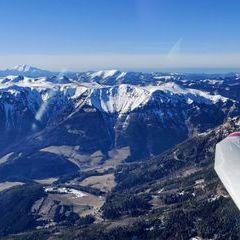 Flugwegposition um 14:17:59: Aufgenommen in der Nähe von Kapellen, Österreich in 2191 Meter