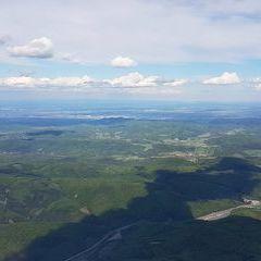 Flugwegposition um 14:12:42: Aufgenommen in der Nähe von Gemeinde Alland, Österreich in 1687 Meter