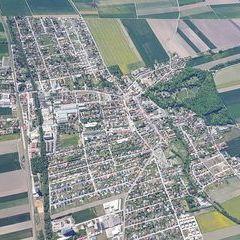 Flugwegposition um 11:04:30: Aufgenommen in der Nähe von Pottendorf Gemeinde, Österreich in 2217 Meter