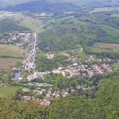 Verortung via Georeferenzierung der Kamera: Aufgenommen in der Nähe von Gemeinde Altenmarkt an der Triesting, Österreich in 0 Meter