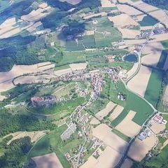 Verortung via Georeferenzierung der Kamera: Aufgenommen in der Nähe von Gemeinde Riegersburg, Österreich in 1700 Meter