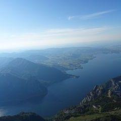 Flugwegposition um 16:07:42: Aufgenommen in der Nähe von Gemeinde Ebensee, 4802 Ebensee, Österreich in 1869 Meter