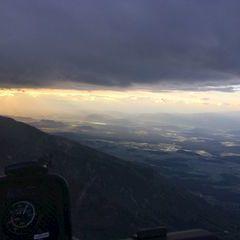 Flugwegposition um 17:56:25: Aufgenommen in der Nähe von Gemeinde Feistritz ob Bleiburg, Österreich in 2056 Meter