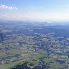 Flugwegposition um 16:38:35: Aufgenommen in der Nähe von Ampflwang im Hausruckwald, 4843, Österreich in 1462 Meter