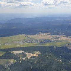 Flugwegposition um 13:26:21: Aufgenommen in der Nähe von Erzgebirgskreis, Deutschland in 1591 Meter