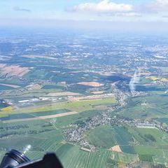 Flugwegposition um 13:07:19: Aufgenommen in der Nähe von Erzgebirgskreis, Deutschland in 1623 Meter
