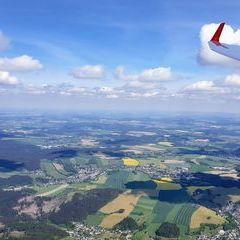 Flugwegposition um 13:03:43: Aufgenommen in der Nähe von Erzgebirgskreis, Deutschland in 1471 Meter