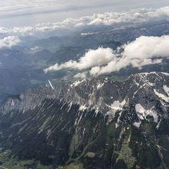 Flugwegposition um 13:05:14: Aufgenommen in der Nähe von Niederöblarn, 8960, Österreich in 2331 Meter
