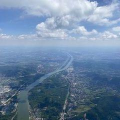 Flugwegposition um 11:38:40: Aufgenommen in der Nähe von Gemeinde Klosterneuburg, Klosterneuburg, Österreich in 1984 Meter