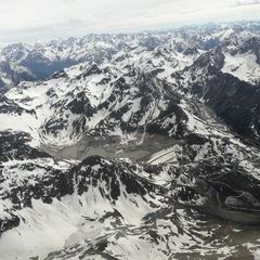 Flugwegposition um 14:27:05: Aufgenommen in der Nähe von Gemeinde Silz, Silz, Österreich in 3282 Meter