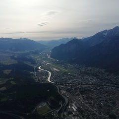 Flugwegposition um 16:07:00: Aufgenommen in der Nähe von Gemeinde Lans, Lans, Österreich in 1675 Meter