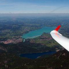 Flugwegposition um 11:06:00: Aufgenommen in der Nähe von Gemeinde Musau, 6600, Österreich in 2322 Meter