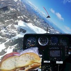 Flugwegposition um 13:22:20: Aufgenommen in der Nähe von Gemeinde Umhausen, 6441 Umhausen, Österreich in 3364 Meter