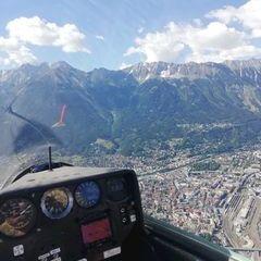 Flugwegposition um 14:34:05: Aufgenommen in der Nähe von Innsbruck, Österreich in 1373 Meter
