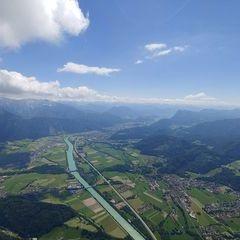 Verortung via Georeferenzierung der Kamera: Aufgenommen in der Nähe von Gemeinde Erl, Erl, Österreich in 2000 Meter
