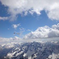 Flugwegposition um 14:46:26: Aufgenommen in der Nähe von Gemeinde Längenfeld, Österreich in 3498 Meter