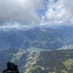 Verortung via Georeferenzierung der Kamera: Aufgenommen in der Nähe von Gemeinde, Österreich in 3000 Meter