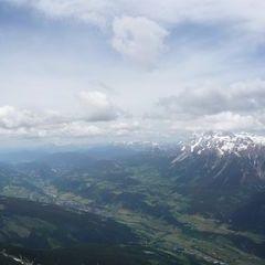 Flugwegposition um 09:44:04: Aufgenommen in der Nähe von Stadtgemeinde Gmunden, 4810 Gmunden, Österreich in 2020 Meter