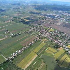 Flugwegposition um 12:49:32: Aufgenommen in der Nähe von Gemeinde Trausdorf an der Wulka, 7061 Trausdorf an der Wulka, Österreich in 1122 Meter