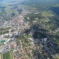 Flugwegposition um 12:57:04: Aufgenommen in der Nähe von Eisenstadt, Österreich in 1263 Meter