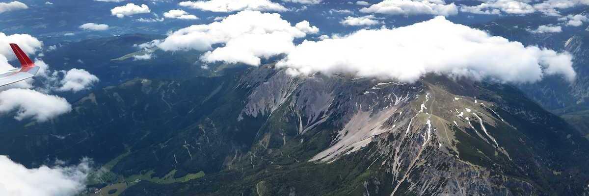 Flugwegposition um 10:03:13: Aufgenommen in der Nähe von Gemeinde Gutenstein, Österreich in 3425 Meter
