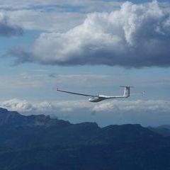 Flugwegposition um 15:10:51: Aufgenommen in der Nähe von Gemeinde Rosenau am Hengstpaß, Österreich in 2174 Meter