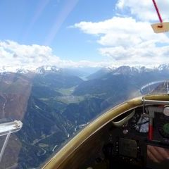 Flugwegposition um 11:54:05: Aufgenommen in der Nähe von Spiss, Österreich in 2807 Meter