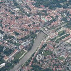 Flugwegposition um 13:46:08: Aufgenommen in der Nähe von Gmina Zgorzelec, 59-900 Görlitz, Polen in 1710 Meter