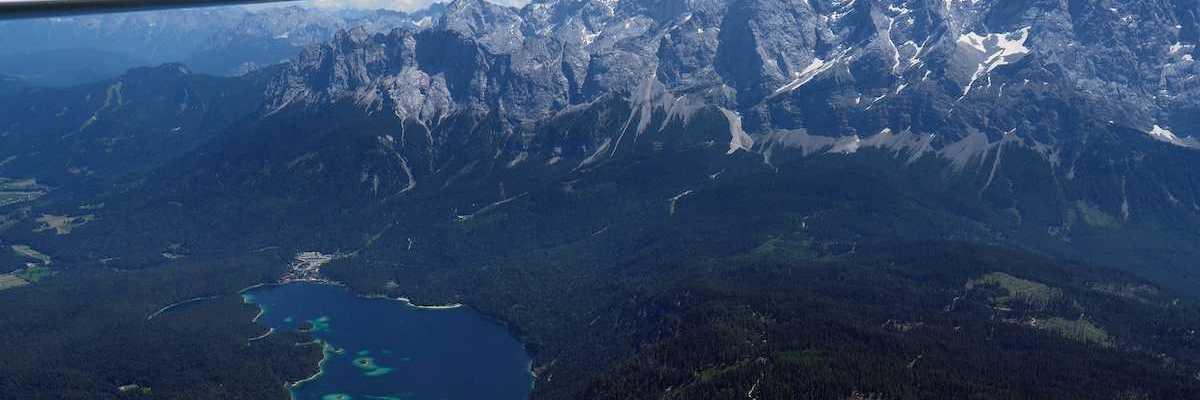Flugwegposition um 11:35:37: Aufgenommen in der Nähe von Gemeinde Lermoos, 6631 Lermoos, Österreich in 2145 Meter