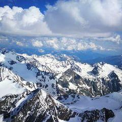 Verortung via Georeferenzierung der Kamera: Aufgenommen in der Nähe von Gemeinde Neustift im Stubaital, 6167 Neustift im Stubaital, Österreich in 3800 Meter