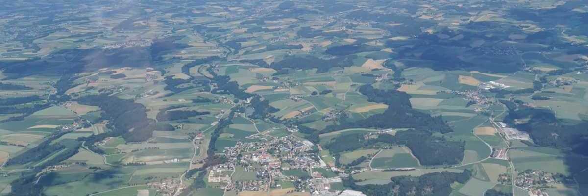 Verortung via Georeferenzierung der Kamera: Aufgenommen in der Nähe von Gemeinde Gaspoltshofen, Gaspoltshofen, Österreich in 0 Meter